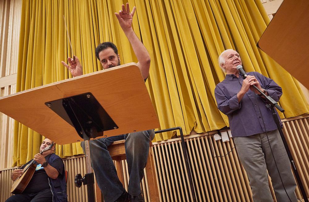 Lisboa, 23/06/2016 - Carlos do Carmo ensaia com a Orquestra Gulbenkian para um espet&aacute;culo previsto para s&aacute;bado 25 de junho com a participa&ccedil;&atilde;o de Ivan Lins como convidado.<br />  (Paulo Alexandrino / Global Imagens)