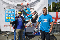 © Licensed to London News Pictures. 15/05/2019. London, UK. Remain campaigner STEVE BRAY is seen remonstrating with a Brexit Party supporter in Westminster, London. Government has announced that MPs will get another chance to vote on Theresa May's Brexit Bill in early June, after EU parliament elections. Photo credit: Ben Cawthra/LNP