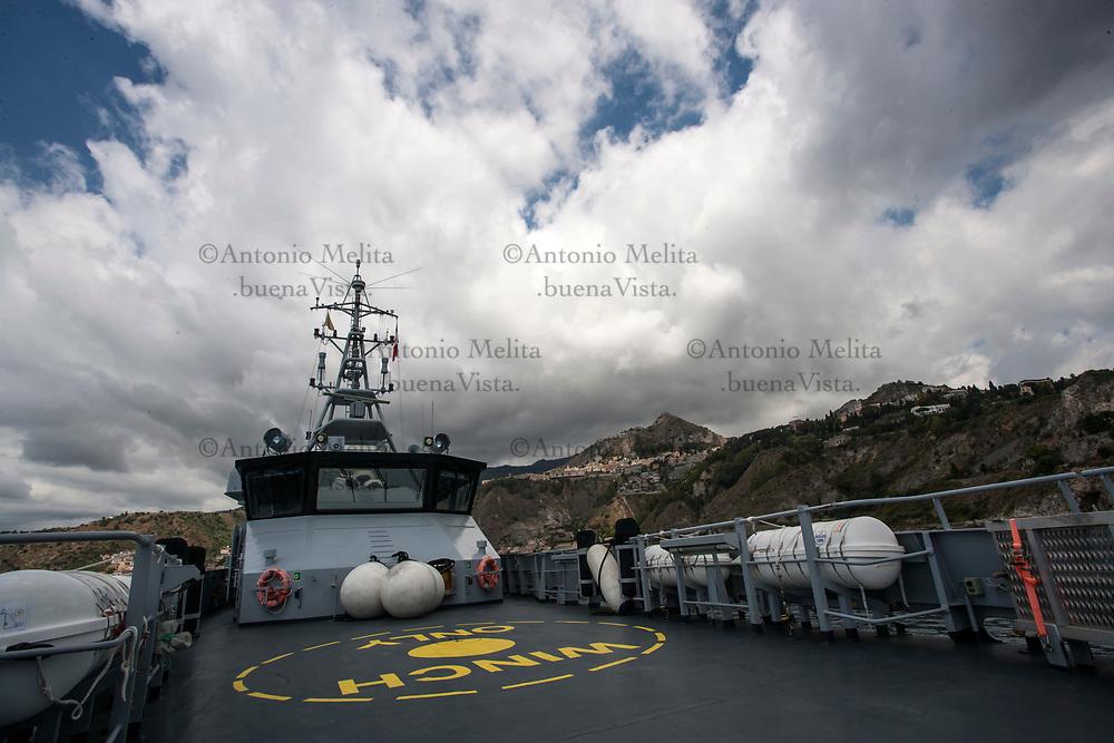 All'interno della nave sede del Reparto Operativa Aeronavale di Palermo della Guardia di Finanza.