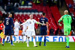 Wayne Rooney of England shares a joke with Brad Guzan of USA - Mandatory by-line: Robbie Stephenson/JMP - 15/11/2018 - FOOTBALL - Wembley Stadium - London, England - England v United States of America - International Friendly