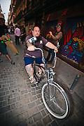 Chopper Monster, tienda de bicicletas y moda urbana, considerada una de las más importantes del escenario de Malasaña. Todos los años la tienda promueve un paseo de bicicletas customizadas.