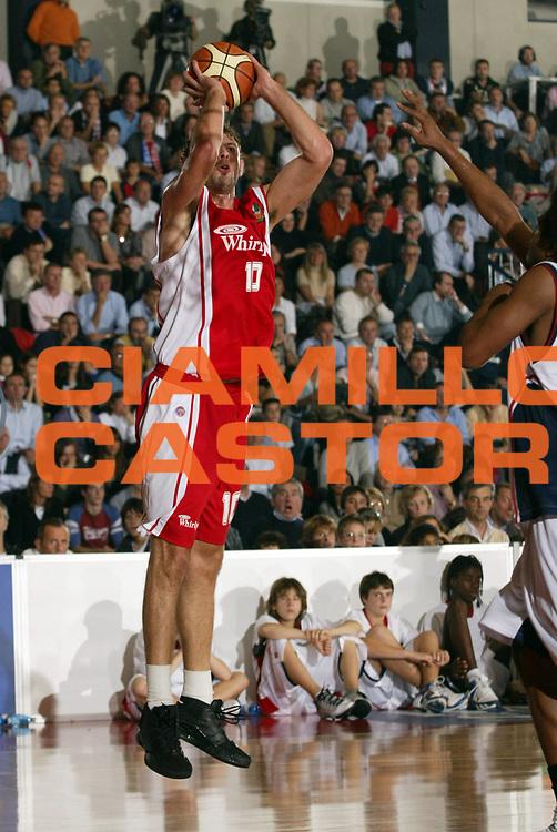 DESCRIZIONE : Biella Lega A1 2006-07 Angelico Biella Whirlpool Varese<br /> GIOCATORE : Galanda<br /> SQUADRA : Whirlpool Varese<br /> EVENTO : Campionato Lega A1 2006-2007 <br /> GARA : Angelico Biella Whirlpool Varese<br /> DATA : 19/11/2006 <br /> CATEGORIA : Tiro<br /> SPORT : Pallacanestro <br /> AUTORE : Agenzia Ciamillo-Castoria/E.Pozzo
