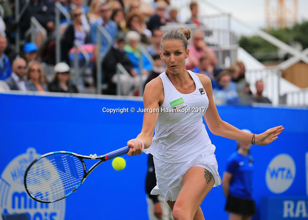 KAROLINA PLISKOVA (CZE), Finale, Endspiel<br /> <br /> Tennis - Aegon International Eastbourne - WTA -  Devonshire Park Lawn Tennis Club - Eastbourne -  - Great Britain  - 1 July 2017. <br /> &copy; Juergen Hasenkopf
