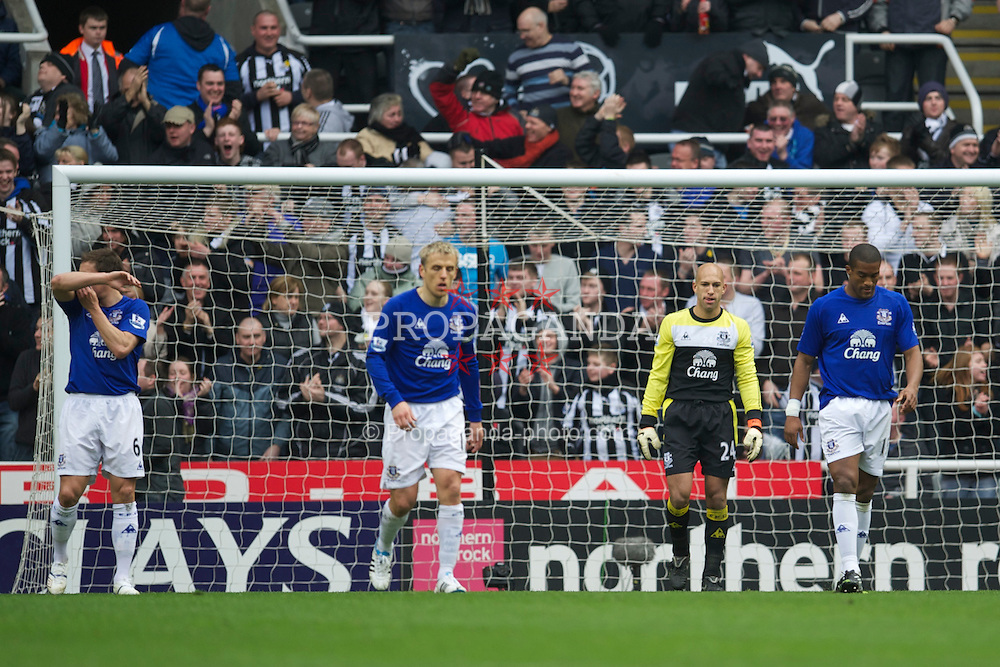 NEWCASTLE, ENGLAND - Saturday, March 5, 2011: Everton's goalkeeper Tim Howard and Sylvain Distin look dejected as Newcastle United score the opening goal during the Premiership match at St. James' Park. (Photo by David Rawcliffe/Propaganda)