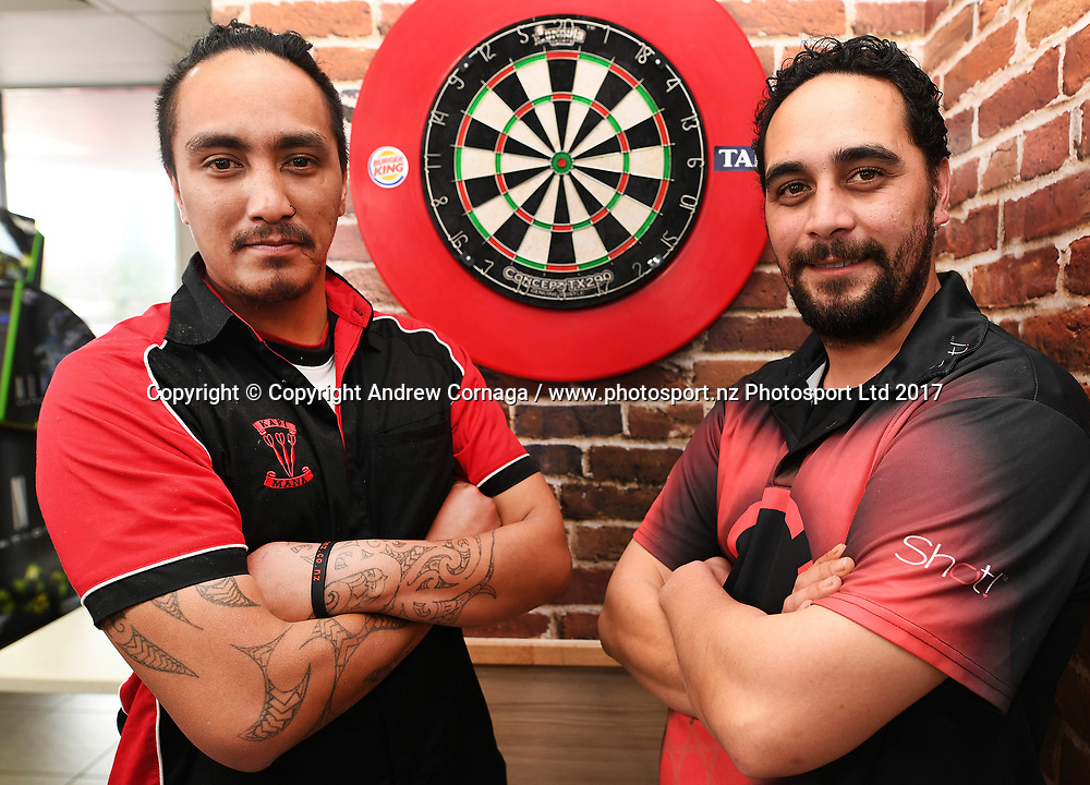 New Zealand Dart players Darren Herewini and Cody Harris (R). Auckland Darts Masters press conference and draw. Professional Darts Corporation (PDC). Burger King, Auckland, New Zealand. Thursday 10 August 2017. © Copyright photo: Andrew Cornaga / www.photosport.nz