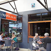 People eating and drinking at Replete Cafe,  Heu Heu Street, Taupo,  New Zealand,, 8th January 2010. Photo Tim Clayton