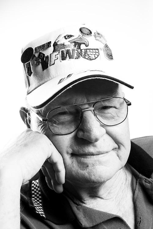 Reuben F. Nace<br /> Marine Corps<br /> Master Sergeant<br /> Weapons<br /> Apr. 26, 1967 - Aug. 26, 1993<br /> Vietnam<br /> <br /> Veterans Portrait Project<br /> St. Louis, MO