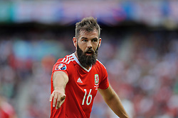 PARIS, FRANCE - Saturday, June 25, 2016: Wales' Joe Ledley in action against Northern Ireland during the Round of 16 UEFA Euro 2016 Championship match at the Parc des Princes. (Pic by David Rawcliffe/Propaganda)