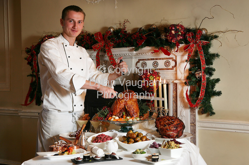 1/12/2006.Richard Stratton of Mount Juliet Conrad pictured with the Christmas Dinner..Picture Dylan Vaughan.