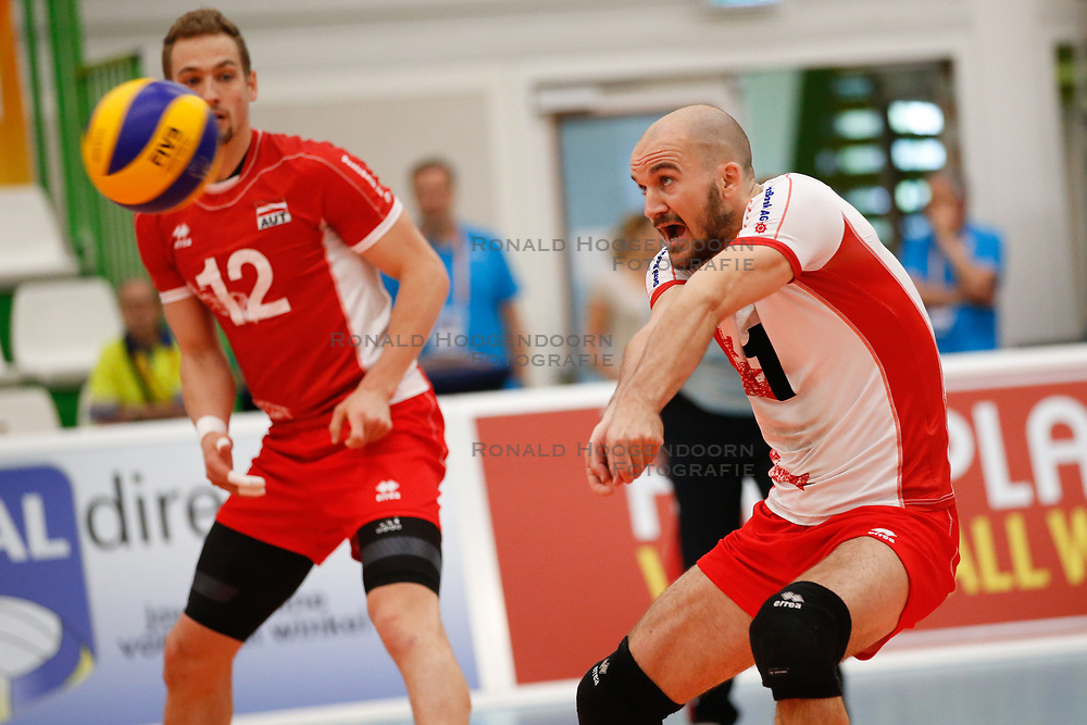 20170524 NED: 2018 FIVB Volleyball World Championship qualification, Koog aan de Zaan<br />Philipp Kroiss (1) of Austria<br />©2017-FotoHoogendoorn.nl / Pim Waslander
