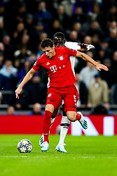 Benjamin Pavard of Bayern Munich is challenged by Moussa Sissoko of Tottenham Hotspur - Rogan/JMP - 01/10/2019 - FOOTBALL - Tottenham Hotspur Stadium - London, England - Tottenham Hotspur v Bayern Munich - UEFA Champions League Group B.