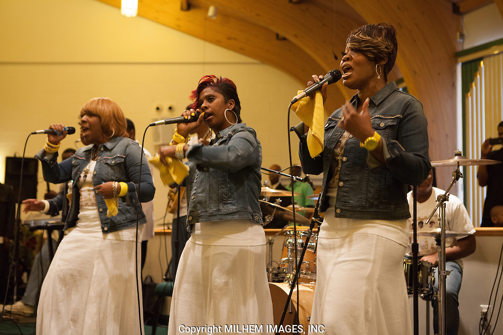 The Trumplettes, Detroit Gospel Church Performances