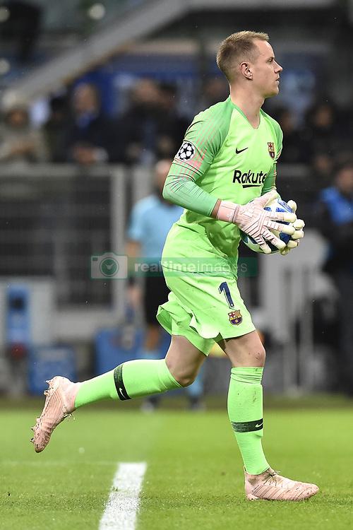 صور مباراة : إنتر ميلان - برشلونة 1-1 ( 06-11-2018 )  20181106-zaa-a181-395