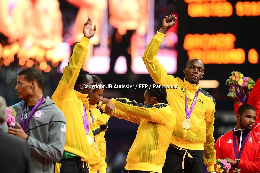 Nesta Carter / Michael Frater / Yohan Blake / Usain Bolt (jam) - finale relais 4x100m hommes podium médaille d or