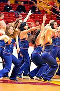 NCAA Men's Basketball - League-leading Asheville holds off VMI, 89-86
