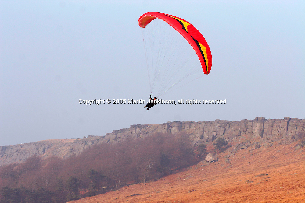 Paraglider , Stanage Edge Derbyshire ..., Travel, lifestyle