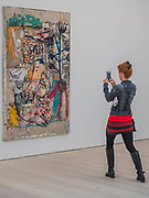 Belfie with tree 2017 by Daniel Crews-Chubb - Saatchi Gallery's autumn show ICONOCLASTS: Art out of the Mainstream opens on 27th September 2017. It comes exactly 20 years after Charles Saatchi's exhibition Sensation which launched the careers of the Young British artists. ICONOCLASTS explores the work of 13 ground breaking British and international artists whose image-making practice is unorthodox.