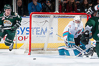 KELOWNA, CANADA - DECEMBER 30: Jackson Whistle #1 of Kelowna Rockets deflects the puck against the Everett Silvertips on December 30, 2015 at Prospera Place in Kelowna, British Columbia, Canada.  (Photo by Marissa Baecker/Shoot the Breeze)  *** Local Caption *** Jackson Whistle;