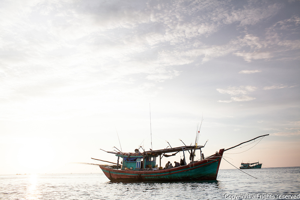 scenes from the water at the south side of Phuc Quoc Island