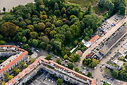 Nederland, Noord-Holland, Amsterdam, 27-09-2015; 'gesloten' begraafplaats Huis te Vraag aan de Rijnsburgerstraat en Schinkel.<br /> Former cemetry, Amsterdam (Old) South neighbourhood.<br /> luchtfoto (toeslag op standard tarieven);<br /> aerial photo (additional fee required);<br /> copyright foto/photo Siebe Swart