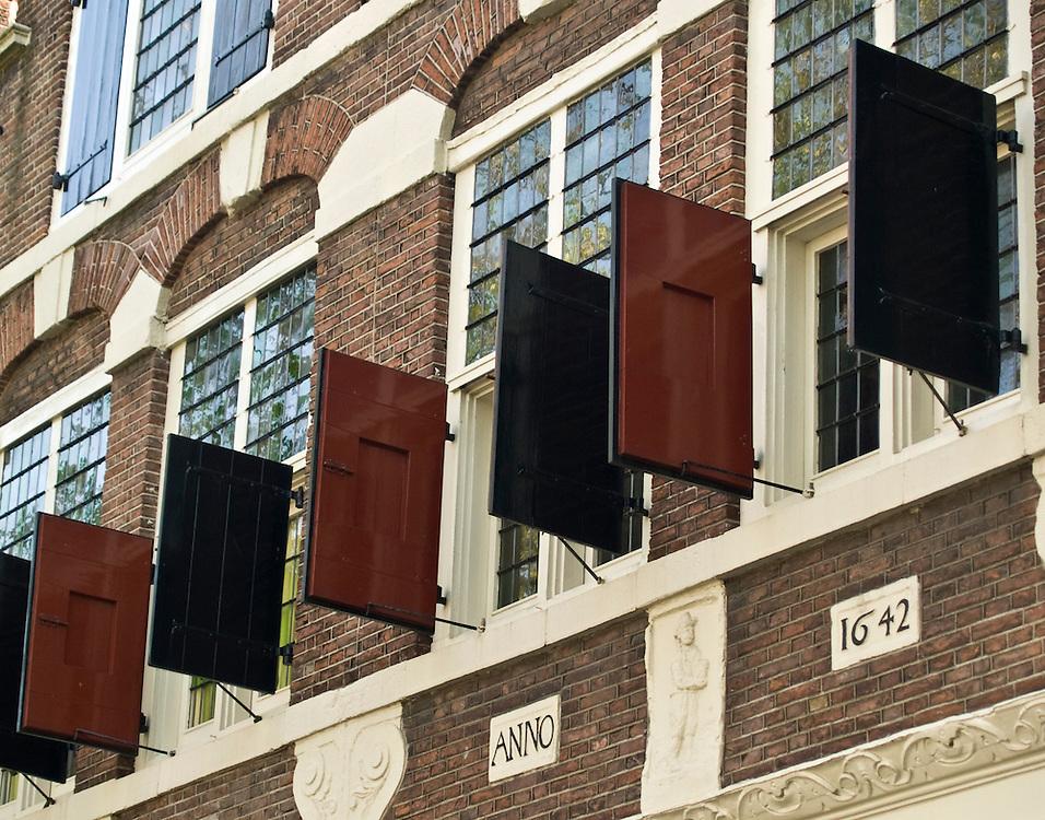 Shutters, Amsterdam