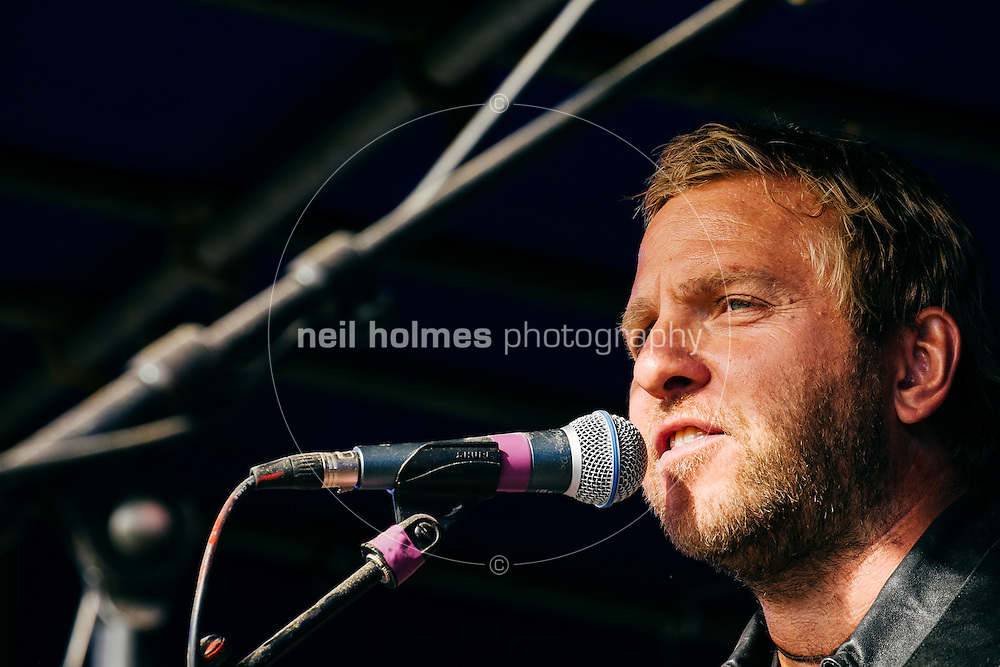 Kingston Upon Hull, East Yorkshire, United Kingdom, 14 September, 2014. Dove House Colour Run,  Cuba Drive