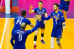 10.01.2016, Max Schmeling Halle, Berlin, GER, CEV Olympia Qualifikation, Frankreich vs Russland, Finale, im Bild Earvin Ngapeth (#9, FRA), NicolasLe Goff (#14, FRA), Benjamin Toniutti (#6, FRA) and Kevin Tillie (#7, FRA) // during 2016 CEV Volleyball European Olympic Qualification Final Match between France and Russia at the Max Schmeling Halle in Berlin, Germany on 2016/01/10. EXPA Pictures © 2016, PhotoCredit: EXPA/ Eibner-Pressefoto/ Wuechner<br /> <br /> *****ATTENTION - OUT of GER*****