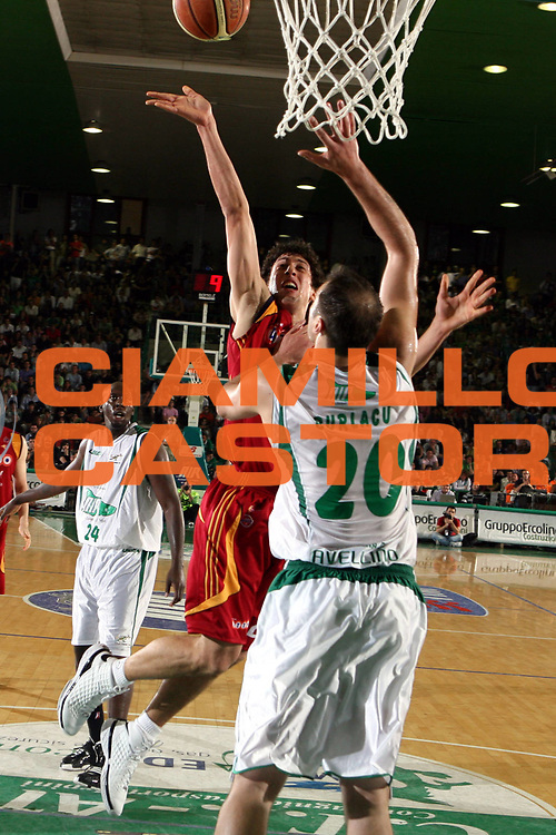 DESCRIZIONE : Avellino Lega A1 2007-08 Playoff Semifinale Gara 2 Air Avellino Lottomatica Virtus Roma<br />GIOCATORE : Roko Leni Ukic<br />SQUADRA : Lottomatica Virtus Roma<br />EVENTO : Campionato Lega A1 2007-2008<br />GARA : Lottomatica Virtus Roma Air Avellino<br />DATA : 25/05/2008<br />CATEGORIA : Tiro<br />SPORT : Pallacanestro<br />AUTORE : Agenzia Ciamillo-Castoria/G.Ciamillo