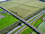 Nederland, Zuid-Holland, Zoetermeer, 14-09-2019; hogesnelheidslijn HSL kruist autosnelweg A12, ten Oosten van Zoetermeer. <br /> High-speed line HSL crosses the A12 motorway, east of Zoetermeer<br /> <br /> luchtfoto (toeslag op standard tarieven);<br /> aerial photo (additional fee required);<br /> copyright foto/photo Siebe Swart
