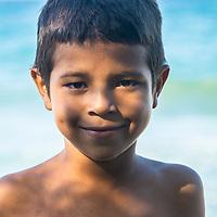 Alexander vive en la Playa de Oritapo. Caruao. Estado Vargas. Venezuela. Alexander lives on the beach of Oritapo. Caruao. State Vargas. Venezuela