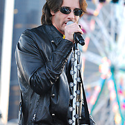 Rick Springfield performs at Detroit River Days 2008