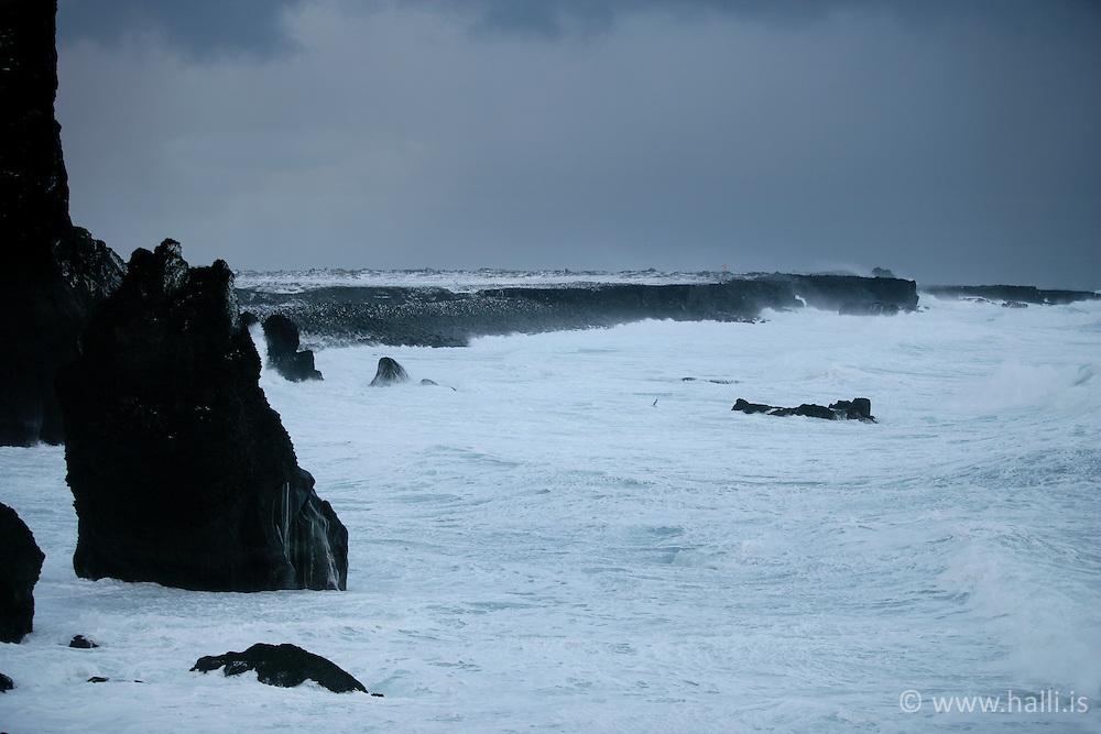 Brim við Reykjanes á Suðurnesjum / Surf at Reykjanes, Iceland
