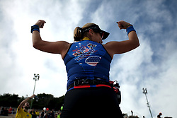 November 12, 2017 - Athens, Attica, Greece - A woman poses during the 35th Athens Classic Marathon in Athens, Greece, November 12, 2017. (Credit Image: © Giorgos Georgiou/NurPhoto via ZUMA Press)