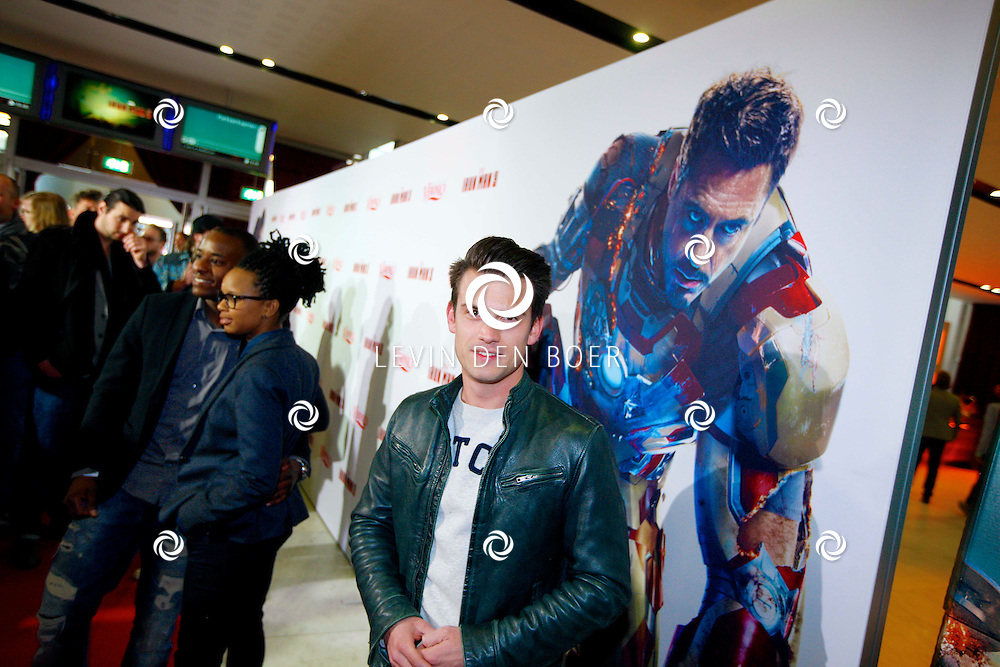 AMSTERDAM - In het Rai theater is de filmpremiere van Iron Man 3. Met op de foto  Levi van Kempen. FOTO LEVIN DEN BOER - PERSFOTO.NU