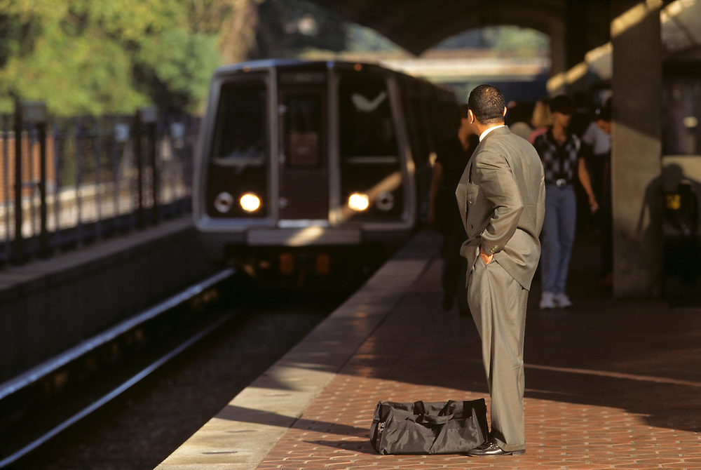 USA, Maryland, Morning commuters at Metro Station in Washington, DC suburb of Silver Spring