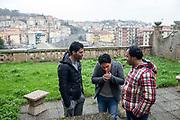 31 Gennaio 2016, La Spezia, Italia - Farid Kazemi con gli amici Mohammad Rafi e Nooraddin Arian.