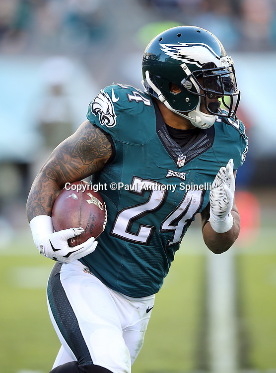 Philadelphia Eagles running back Ryan Mathews (24) runs for a third quarter gain of 12 yards during the 2015 week 10 regular season NFL football game against the Miami Dolphins on Sunday, Nov. 15, 2015 in Philadelphia. The Dolphins won the game 20-19. (©Paul Anthony Spinelli)