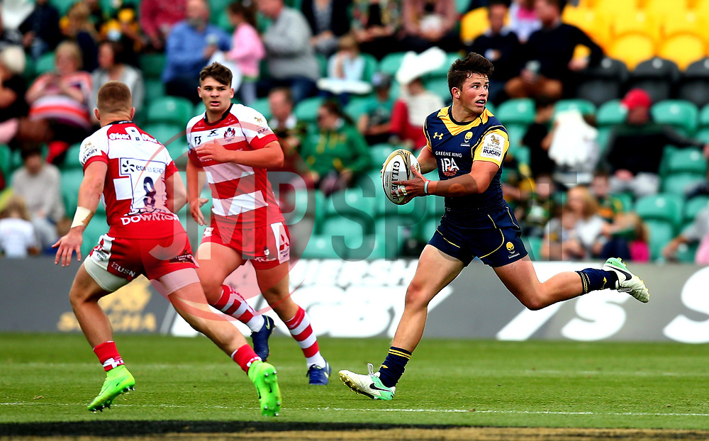 Will Butler of Worcester Warriors runs with the ball - Mandatory by-line: Robbie Stephenson/JMP - 29/07/2017 - RUGBY - Franklin's Gardens - Northampton, England - Worcester Warriors v Gloucester Rugby - Singha Premiership Rugby 7s