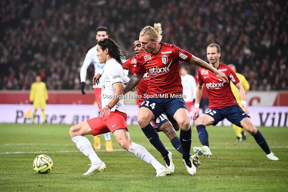 Edinson CAVANI / Simon KJAER - 03.12.2014 - Lille / Paris Saint Germain - 16eme journee de Ligue 1<br />Photo : Fred Porcu / Icon Sport