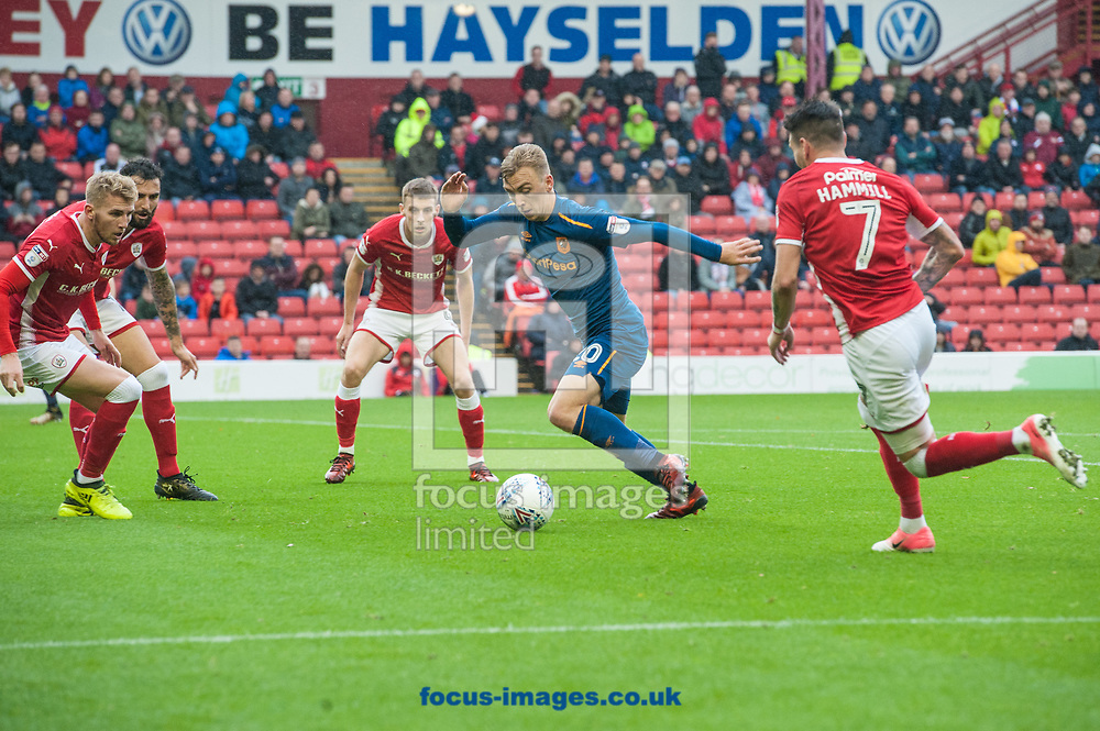 Jarrod Bowen of Hull City tries to find a way past the Barnsley defence during the Sky Bet Championship match at Oakwell, Barnsley<br /> Picture by Matt Wilkinson/Focus Images Ltd 07814 960751<br /> 21/10/2017