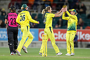 The Australians celebrate after Ellyse Perry takes the wicket of Suzie Bates. Women's T20 international Cricket, Australia v New Zealand White Ferns.  Manuka Oval, Canberra, 5 October 2018. Copyright Image: David Neilson / www.photosport.nz