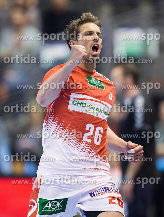 Berlin, Deutschland, 17.05.2015:<br />Handball EHF Pokal Finale 2014 / 2015 - Fuechse Berlin - HSV Hamburg - EHF CUP Finals 2014/15.<br /><br />Adrian Pfahl (HSV #26) *** Local Caption *** © pixathlon