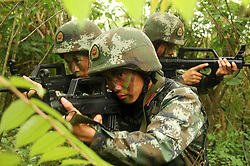 April 24, 2018 - Chongzuo, Chongzuo, China - Chongzuo, CHINA-24th April 2018: Soldiers receive outdoor training in Chongzuo, southwest China's Guangxi. (Credit Image: © SIPA Asia via ZUMA Wire)