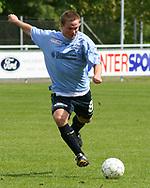 FODBOLD: Sebastian Hviid (Helsingør) under kampen i Kvalifikationsrækken, pulje 1, mellem Elite 3000 Helsingør og Virum-Sorgenfri Boldklub den 25. maj 2006 på Helsingør Stadion. Foto: Claus Birch