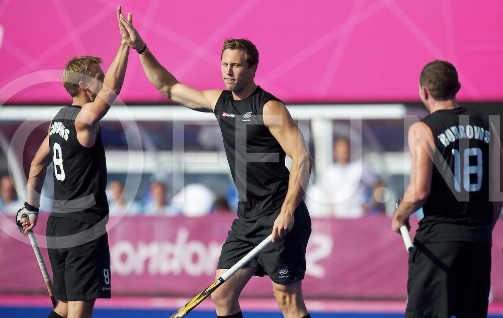 LONDON - Olympische Spelen 2012<br /> men <br /> match<br /> Argentina v New Zealand<br /> foto: penalty corner Richard Petherick <br /> FFU PRESS AGENCY COPYRIGHT FRANK UIJLENBROEK
