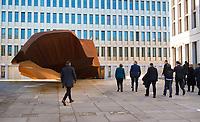 DEU, Deutschland, Germany, Berlin, 08.02.2019: Bundeskanzlerin Dr. Angela Merkel (CDU) und BND-Präsident Bruno Kahl beim Festakt zur Eröffnung der neuen Zentrale des Bundesnachrichtendienstes (BND). Links die Stahl-Skulptur des Bildhauers Stefan Sous.