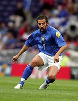 Fotball<br /> Euro 2004<br /> 18.06.2004<br /> Sverige v Italia 1-1<br /> Foto: Omega/SBI/Digitalsport<br /> NORWAY ONLY<br /> <br /> ALESSANDRO DEL PIERO