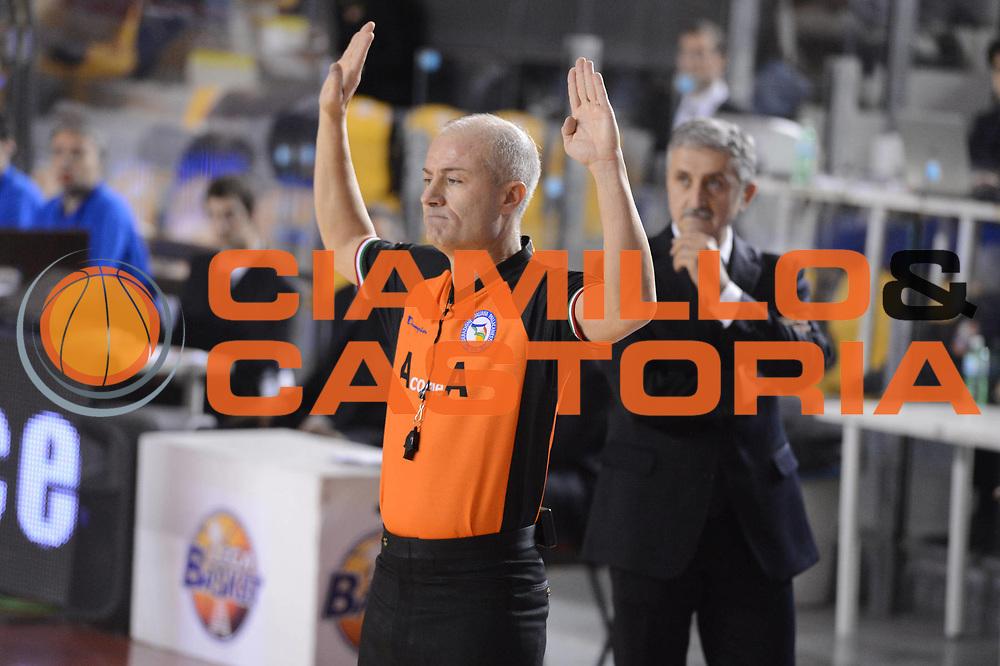 DESCRIZIONE : Roma Lega A 2012-13 Acea Roma Juve Caserta<br /> GIOCATORE : arbitri<br /> CATEGORIA : mani curiosita<br /> SQUADRA :<br /> EVENTO : Campionato Lega A 2012-2013 <br /> GARA : Acea Roma Juve Caserta<br /> DATA : 28/10/2012<br /> SPORT : Pallacanestro <br /> AUTORE : Agenzia Ciamillo-Castoria/GiulioCiamillo<br /> Galleria : Lega Basket A 2012-2013  <br /> Fotonotizia : Roma Lega A 2012-13 Acea Roma Juve Caserta<br /> Predefinita :
