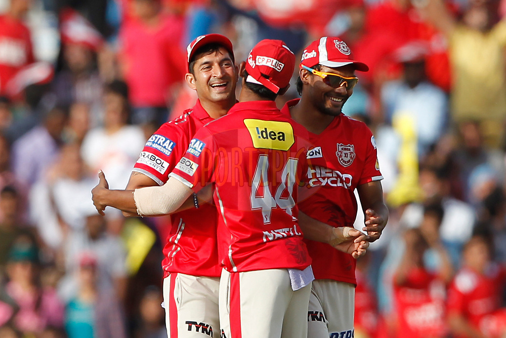 Mohit Sharma of Kings XI Punjab celebrates the wicket of Shahbaz Nadeem of the Delhi Daredevils during match 36 of the Vivo 2017 Indian Premier League between the Kings XI Punjab and the Delhi Daredevils  held at the Punjab Cricket Association IS Bindra Stadium in Mohali, India on the 30th April 2017<br /> <br /> Photo by Deepak Malik - Sportzpics - IPL