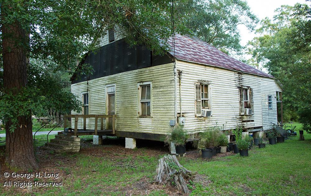22202 Level Street in Abita Springs, Louisiana